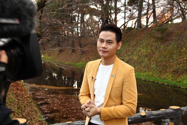 MC Hồng Phúc vô cùng ấn tượng với cảnh sắc mùa thu của nước Nhật.