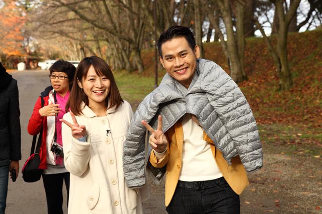 MC Hồng Phúc và MC Asami