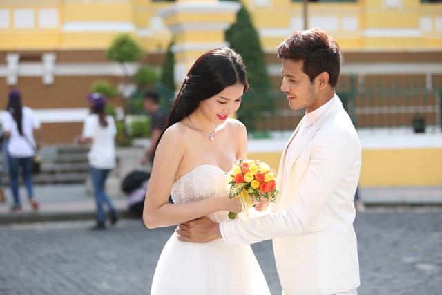 Ảnh cưới của Kỳ Hân và Anh Tài trong phim Những ngọn nến trong đêm 2.
