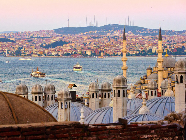 11. Istanbul (Thổ Nhĩ Kỳ): Bạn sẽ tiết kiệm 29% chi phí chuyến du lịch nếu đặt phòng trước 5 tháng