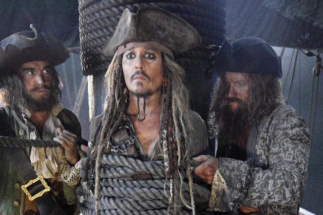 Hình ảnh của Jack Sparrow liệu có bị ảnh hưởng bởi những lùm xùm trong đời sống cá nhân của Johnny Depp?