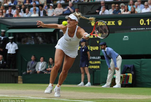 Kerber đã rất cố gắng nhưng Serena quá mạnh