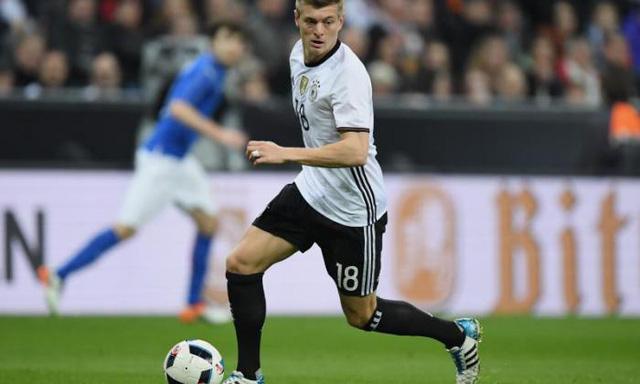 Toni Kroos - Chân chuyền số một của ĐT Đức (Ảnh: AP)