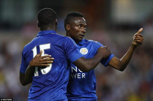 Schlupp ấn định chiến thắng 2-1 cho Leicester City