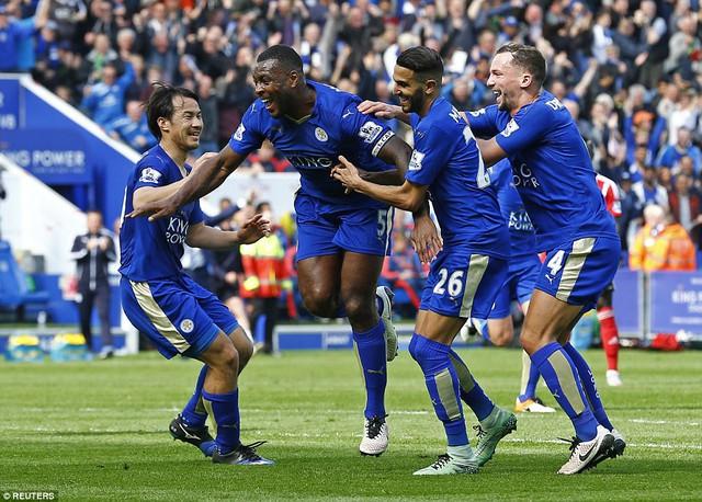 Những chiến thắng với tỉ số 1-0 liên tiếp đang giúp Leicester City áp sát chức vô địch Ngoại hạng Anh