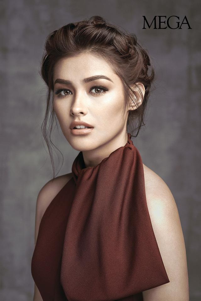 Người mẫu, diễn viên Liza Soberano là cái tên thứ 2 trong danh sách. Sự nghiệp diễn xuất của cô gắn với những bộ phim như Wansapanataym, Forevermore, Got to Believe…