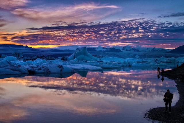 Hiện tượng thiên nhiên kỳ thú vào ngày hạ chí, mặt trời không lặn trong suốt 3 ngày liền