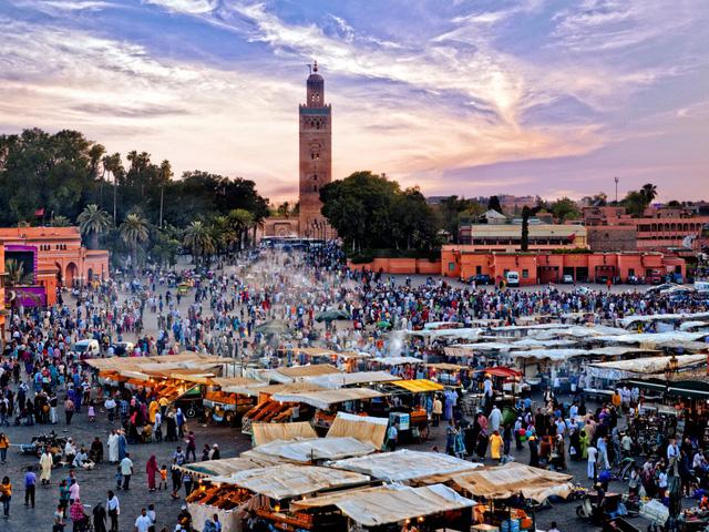 14. Marrakesh (Morocco): 4 tháng trước khi đi du lịch, bạn hãy đặt phòng tại Marrakesh để tiết kiệm 28% chi phí