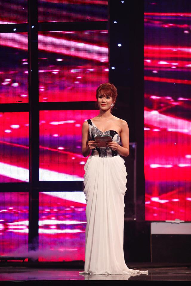 MC Diệp Lâm Anh đảm nhiệm vai trò dẫn dắt đêm Gala chung kết.