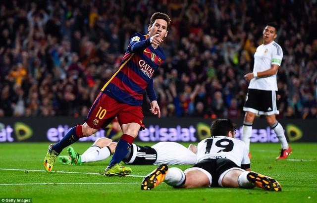 Messi chạm mốc 500 bàn trong sự nghiệp