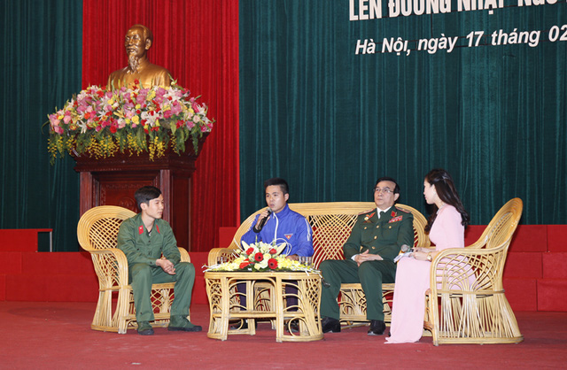 Buổi trò chuyện cùng Thiếu tướng Lê Mã Lương đã đem lại nguồn động lực và vững tin đến với các thanh niên trước ngày nhập ngũ