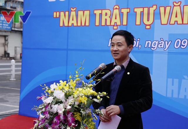 Đồng chí Trần Anh Tuấn, UV BCH Trung ương Đoàn, Phó Bí thư Thường trực Thành đoàn Hà Nội phát biểu tại lễ phát động