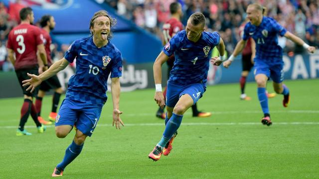 Luka Modric sở hữu mái tóc cực kì lãng tử