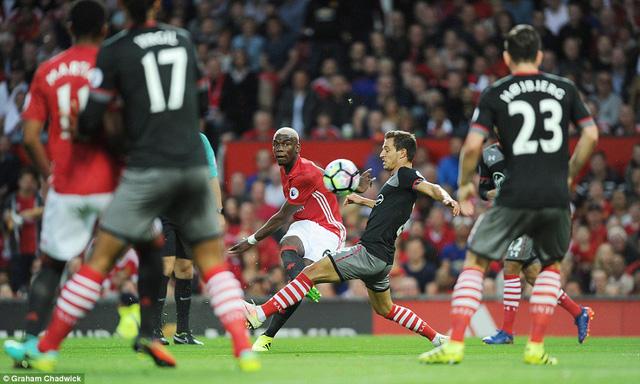 Paul Pogba đã chơi rất xông xáo trong trận đấu này