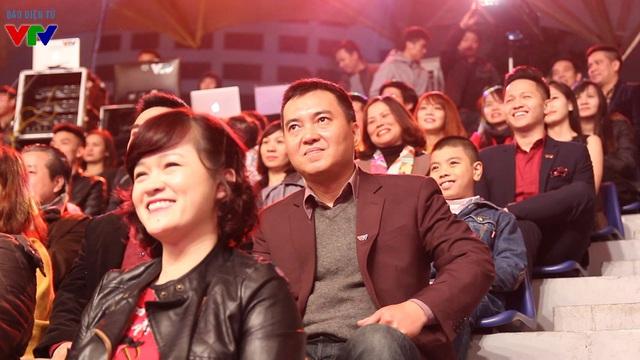BTV Minh Vũ trong đêm nhạc hội Bản giao hưởng mùa xuân, kỷ niệm sinh nhật lần thứ 20 của VTV3.