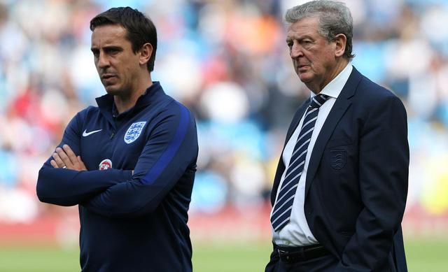 Trợ lý của HLV Roy Hodgson tại ĐTQG Anh có thể sẽ trở về giúp sức cho Mourinho tại Man Utd.