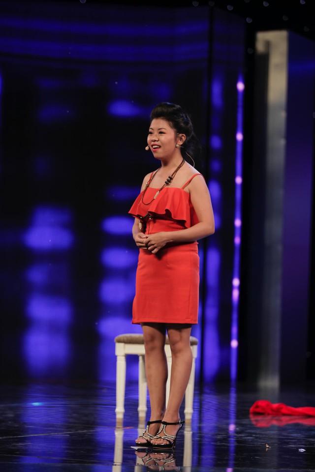 Nguyễn Thị Ngọc Diễm hiện là thợ trang điểm tự do. Cô đến với Học viện danh hài vì sở thích viết kịch bản, tập kịch. Cô chia sẻ sở thích lúc nhỏ là viết kịch bản phim. Sau này lớn lên và tiếp xúc với các sân khấu, Ngọc Diễm mong muốn tự mình có thể đóng được các nhân vật mà cô viết ra.