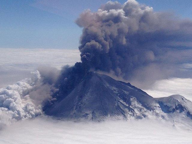 Núi lửa Pavlof ở Alaska