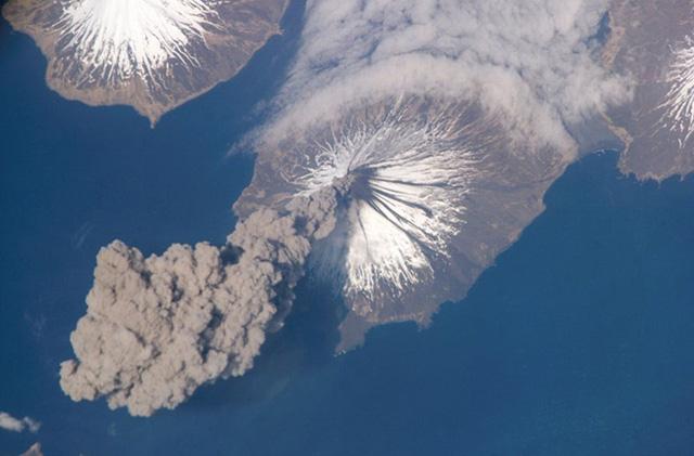 Núi lửa Cleveland, quần đảo Aleut, Alaska
