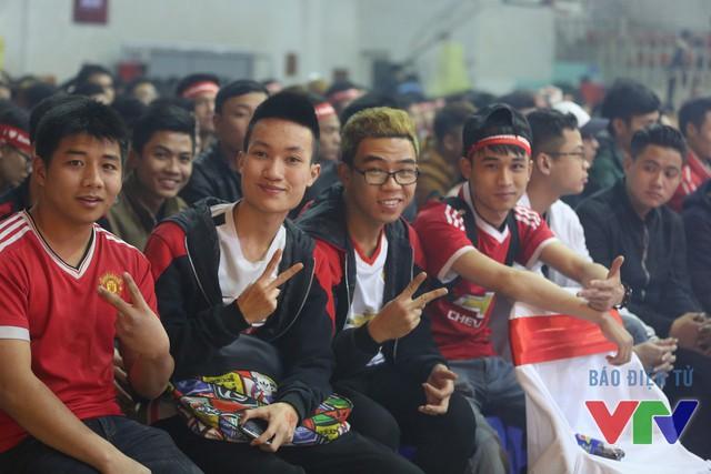 Sự kiện big offline Ngày hội Quỷ đỏ diễn ra vào ngày 28/2/2016 tại Nhà thi Đại học Y Hà Nội đã thu hút hơn 1.500 người đến tham gia. BTC cho biết đã phải phát hành thêm ít nhất 200 vé để đáp ứng nhu cầu của các CĐV Man Utd