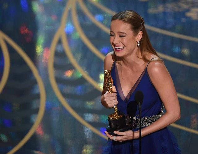 Brie Larson chiến thắng giải Nữ diễn viên chính xuất sắc cho phần thể hiện của cô trong phim Room. (Ảnh: Mark Ralston/AFP/Getty Images)