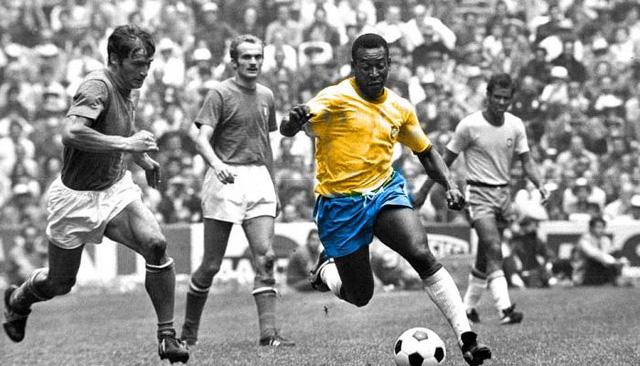 Vua bóng đá Pele xếp thứ 3 trong danh sách các cầu thủ ghi nhiều bàn nhất với 767 pha lập công.