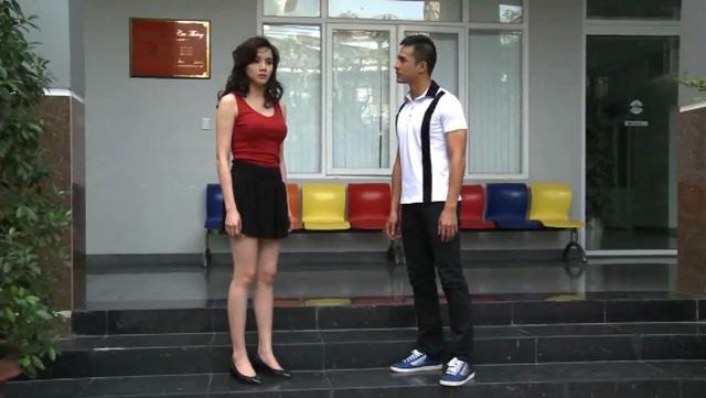 Trang Nhung và Lương Thế Thành trong một cảnh phim