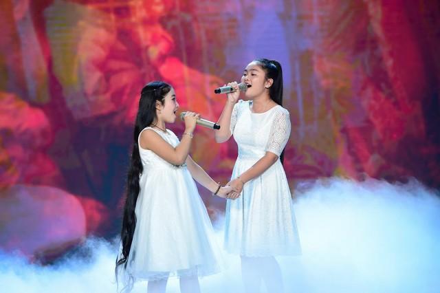 Hai giọng ca nhí Hồng Minh - Thiện Nhân