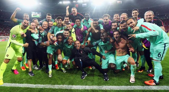 ĐT Bồ Đào Nha đang là đội bóng kỳ lạ và thú vị tại EURO 2016. Ảnh: UEFA