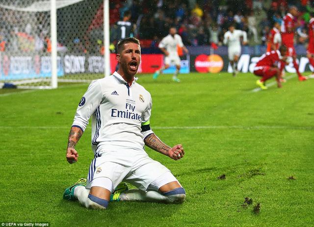 Sergio Ramos ăn mừng bàn thắng gỡ hòa quý giá cho Real Madrid. Ảnh: UEFA