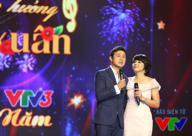 MC Anh Tuấn và Diễm Quỳnh cùng dẫn dắt chương trình Bản giao hưởng mùa xuân.