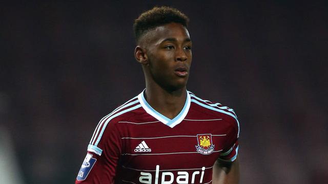 Man Utd lẫn Man City đều đang khát khao sở hữu trung vệ trẻ này. Ảnh: Sky Sport.