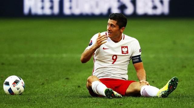 Lewandowski vẫn chưa để lại nhiều dấu ấn tương xứng với sự kì vọng tại EURO 2016.