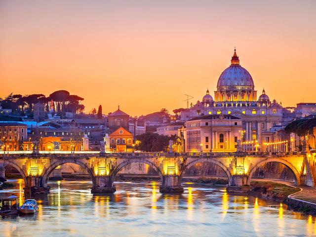 22. Rome (Italy): Bạn sẽ tiết kiệm được 32% chi phí cho chuyến du lịch khi đặt phòng trước từ 3 - 5 tháng