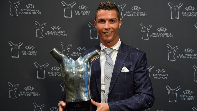 Cristiano Ronaldo - Cầu thủ xuất sắc nhất châu Âu 2015/16 - Ảnh 2.