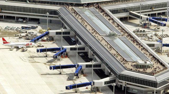 6. Sân bay quốc tế Chubu Centrair (Nagoya, Nhật Bản) (Ảnh: CNN)