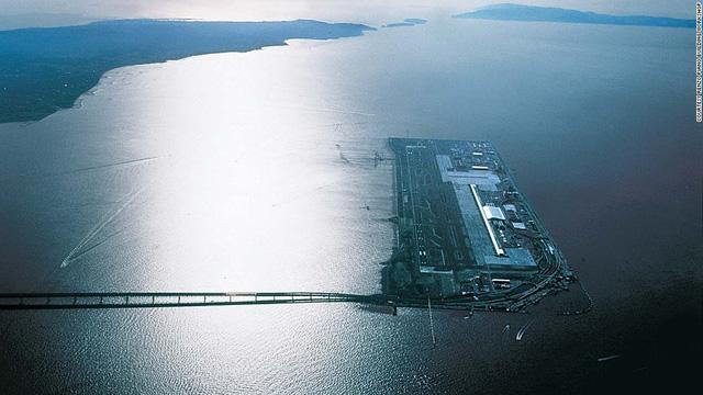 9. Sân bay quốc tế Kansai (Tokyo, Nhật Bản) (Ảnh: CNN)