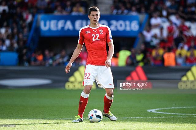 Fabian Schar là một trong những ngôi sao của ĐT Thụy Sỹ tại EURO 2016
