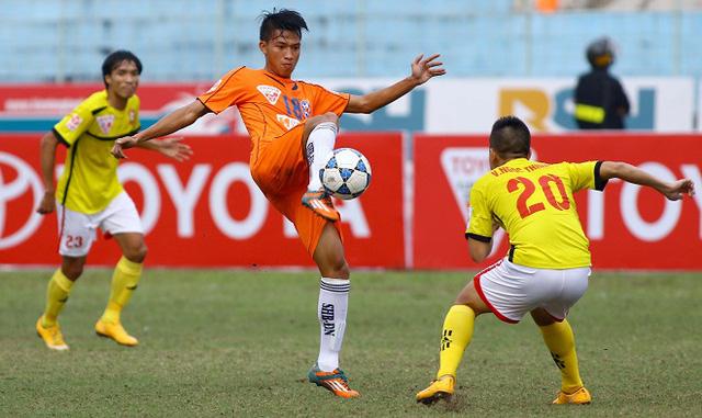 SHB Đà Nẵng (áo cam) đã có chiến thắng xuất sắc trước Hải Phòng ở vòng 13 V.League 2016. Ảnh: Thể thao văn hoá