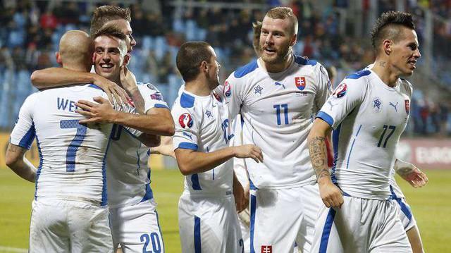 Slovakia đã giành vé vào vòng 1/8 khi có được 4 điểm ở vòng bảng. Ảnh: UEFA