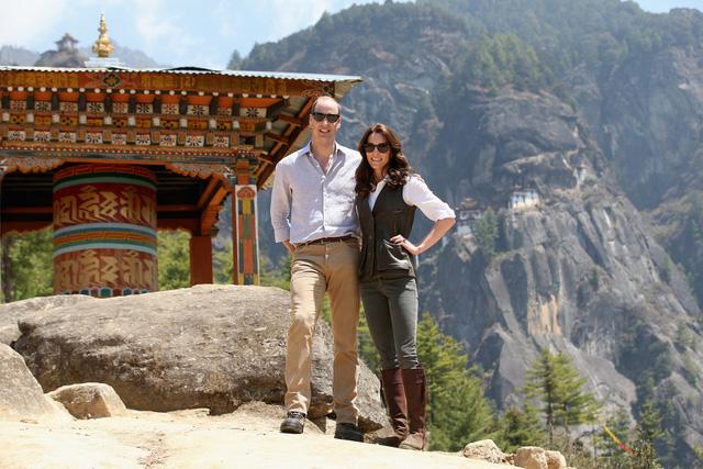 Bên cạnh đó, cô cũng khoe vẻ đẹp năng động, trẻ trung và khỏe khoắn với trang phục đi bộ trên núi.