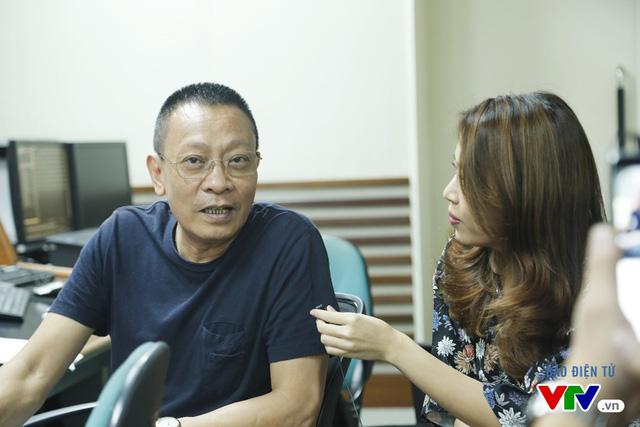 BTV Diệp Chi phỏng vấn nhà báo Lại Văn Sâm
