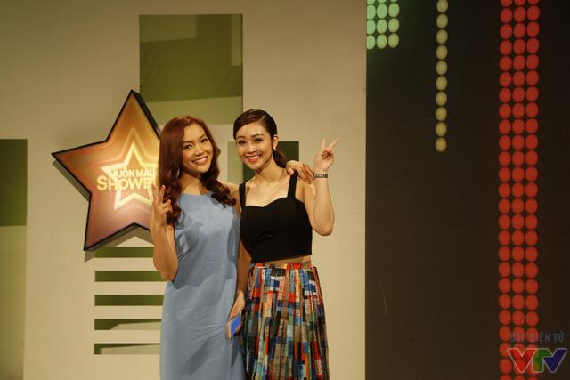 Ca sĩ Ngọc Anh và MC Thùy Linh
