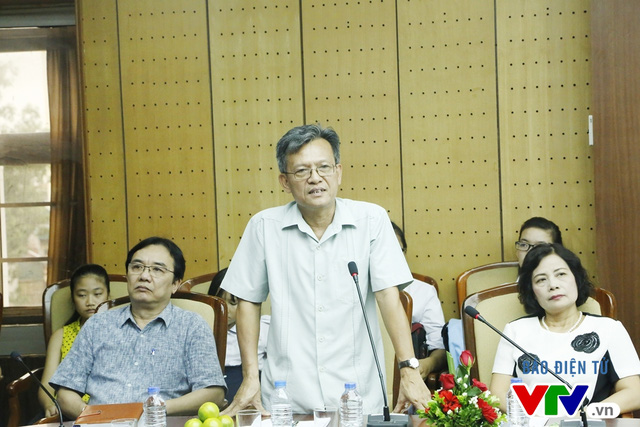 Ông Phạm Văn Quang - Phó Bí thư thường trực Đảng ủy, Chủ tịch Quỹ Tấm lòng Việt, Đài Truyền hình Việt Nam phát biểu tại buổi lễ