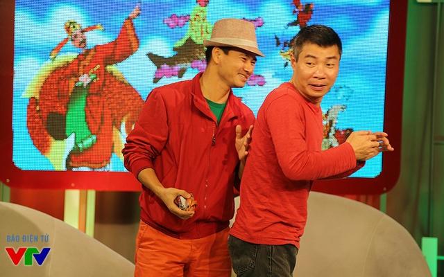 2 ngôi sao của chương trình Táo quân luôn có những hành động hài hước. Họ cũng tỏ rõ sự thân thiện khi xuất hiện tại buổi ghi hình.