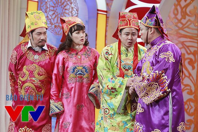 4 vị Táo của năm nay do NSƯT Quang Thắng, nghệ sĩ Vân Dung, NSND Tự Long và NSƯT Chí Trung đảm nhiệm.