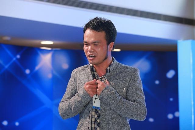 Thí sinh Phạm Văn Hải đi thi để tìm lại vợ.