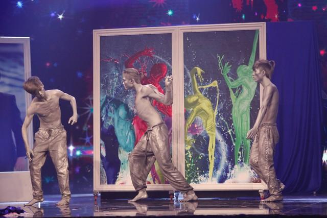 Tất cả thí sinh của vòng chung Vietnams Got Talent năm nay cùng hội ngộ để mang đến phần trình diễn đầy màu sắc.