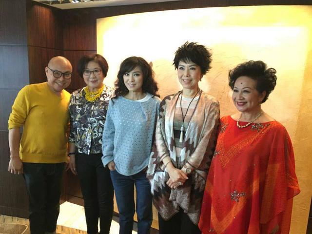 Các sao TVB là khách hàng thân quen của NTK Frederick Lee
