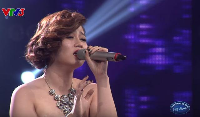 Thảo Nhi trình diễn trong đêm Gala 1